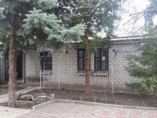Предлагается дом на 10 ст. Б. Фонтана/Баштанная.