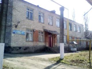 Двухэтажное здание в Единцах - для вашего бизнеса!