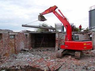 Бельцы снос домов строений вручную и техникой вывоз строймусора хлама!