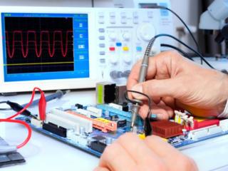 Требуются электронщики, инженеры, механики по ремонту техники.