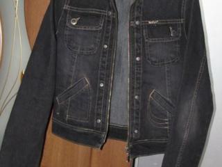 Платья, футболки, пальто, пуховик, куртка, костюм, торг