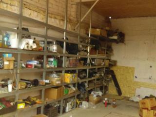 Продам высокий гараж под авто или бус. ГСК-25 (рядом Молдавизолит).