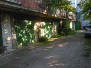 Garaj între Viaduct si Spitalul nr. 1