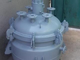 Куплю реактора и емкости эмаль и сталь.