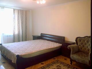380 евро/месяц. 2-комнатная. Свежий Новострой. Центр. Большая спальня