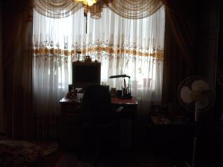 Продам 2-комн., светлую, теплую, с евроокнами, с мебелью кв-ру.