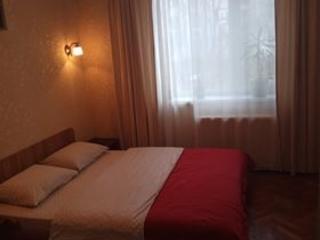 Сдаю посуточно (почасово) 1- и 2-комнатную квартиры в центре Кишинёва.