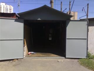 Сдается утепленный металлический гараж во дворе китайской стены. Балка
