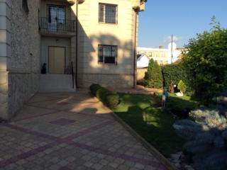 Продам 2-этажный дом в центре Тирасполя