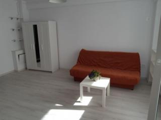 Apartament cu o camera in stare buna se da in chirie