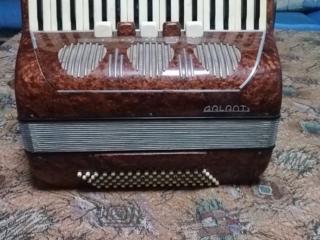 Продам аккордеон GALANTI Италия