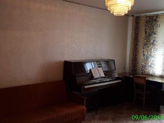Proprietar vand apartament cu camere separate din hol