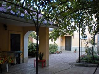 Бендеры Центр 2-эт. дом из котельца летняя кухня гараж земли 6 соток