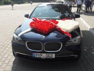 BMW 740, свадебный кортеж