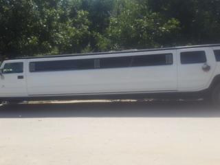 Limuzine Hammer H-2, Lincoln Town Car