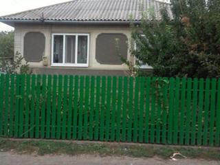 Отличный дом, вблизи Бельц. С. Октябрьское