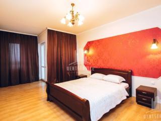 Посуточно Кишинев Центр 4-комнатная lux