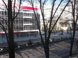 Самый центр 3-к. кв +1-кв на Бородинке +кап. гараж обмен на ДОМ.