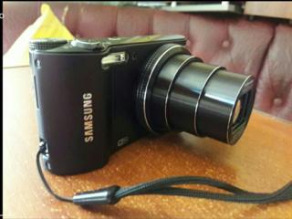 Samsung 18x optical zoom, wi-fi, 14.2 Mpx.