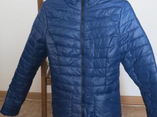 Куртка женская демисезонная 40-42 размера, новая 200 руб
