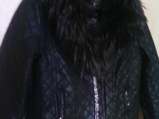 Продам куртку женскую, новая
