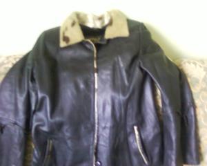 Продам пальто б/у, кожаное, размер 48,