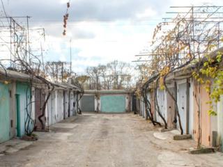 """Капитальный гараж в кооперативе """"Лада"""" возле ХБК"""