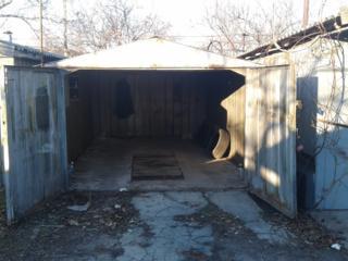 Продам железный гараж Центр г. Бендеры ПАК №5 бокс №482.