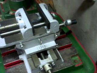 Куплю тиски бу сейф лестницы стремянки строительные инструменты