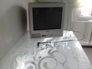 Продаю цветной телевизор Toshiba с диагональю 38 см
