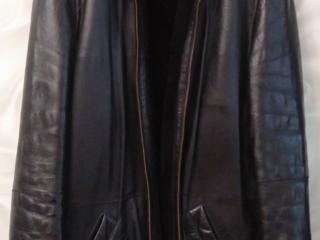 Кожаная куртка на цигейке в отличном состоянии. Размер 52