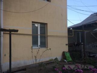 3-ком, Центр, Одесская, 92м, два уровня, терраса, гараж, подвал