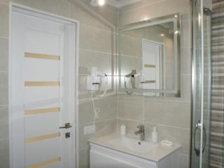 Продаю квартиру в центре Тирасполя-Готовый бизнес.
