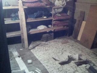 Продам 2-этаж., капитальный гараж, с подвалом, теплый. На полу плитка