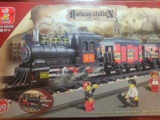Б/у LEGO железная дорога на батарейках