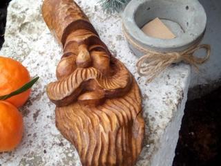Замечательные работы по дереву известного мастера по доступным ценам.