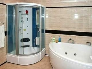 Установка душевых кабинок, акриловых ванн