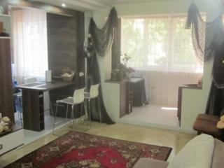 Центр 3-комнатная с Автономкой и мебелью!!! 44500 евро