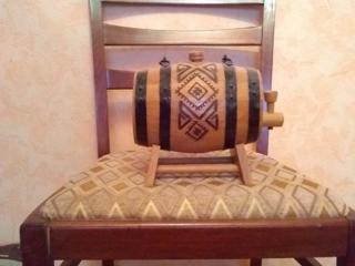Сувениры из дерева(по договорной цене Недорого! ) Часы настольные б/у.