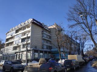 Centru, A. Sciusev. Apartament cu 3 odai - 101 m. p, etajul 4/5.