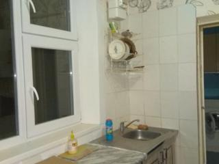 Полдома 2-комн., кухня, санузел+ гараж Бендеры Герцена, 12000$