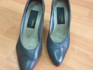 Продам итальянские туфли р. 35. В отличном состоянии.