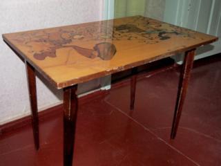 Продам инкрустированный журнальный столик, раскладной стол