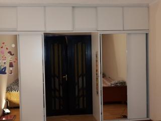 Продам уютную 1-комнатную квартиру в центре.