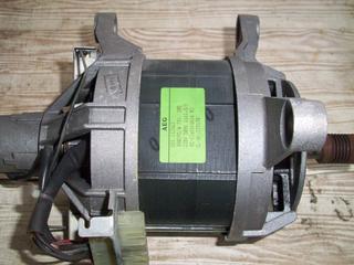 Мотор (двигатель) от стиральной машины AEG