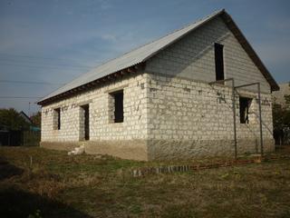 Продам недостроенный дом в м-не Коржево по ул. Радужной 400м. от Днестра