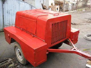 Продаю прицеп. мотопомпу с двиг. ГАЗ-24 отличн. состояние -100 т\час.