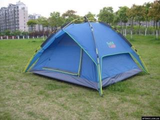 Палатка трехместная автоматическая GreenCamp -1600 лей