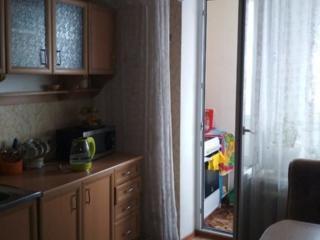 Продам трехкомнатную квартиру в общежитии. Западный.