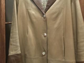 Кожаная куртка 300 руб